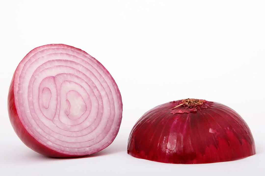 How to clean grill grates with onion